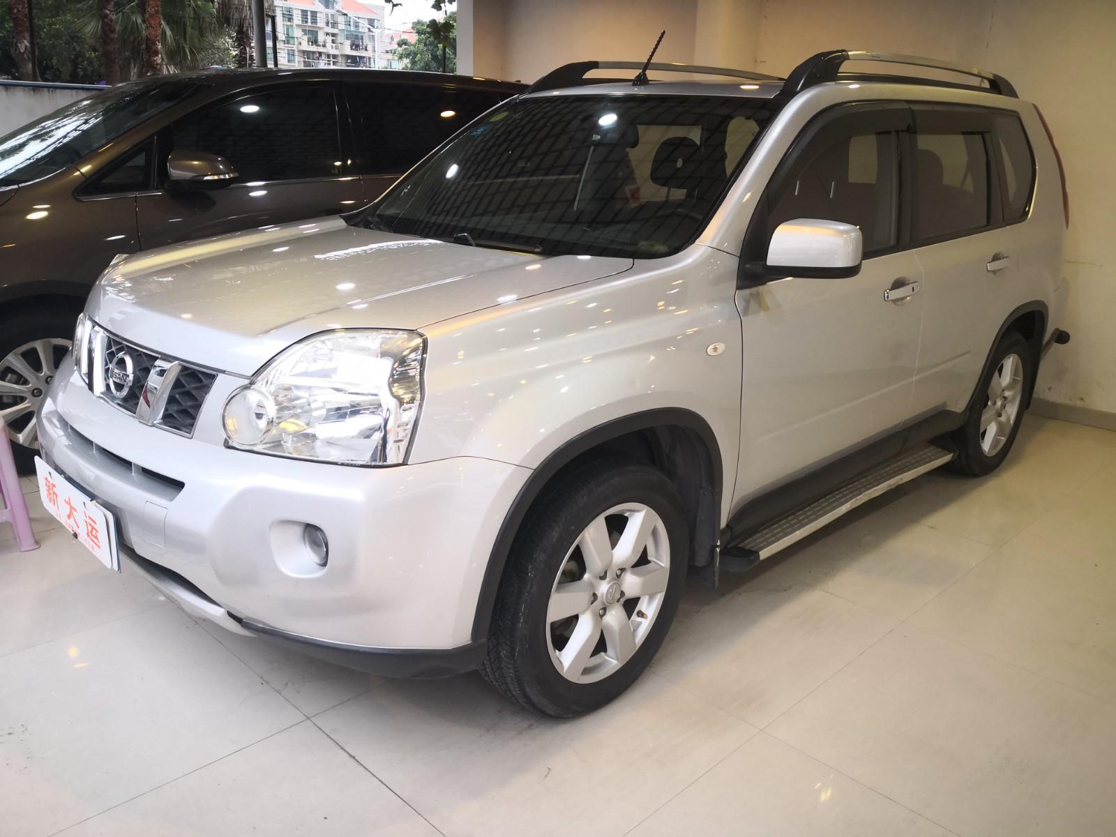 日产 奇骏 2010款 2.5L CVT豪华版 4WD