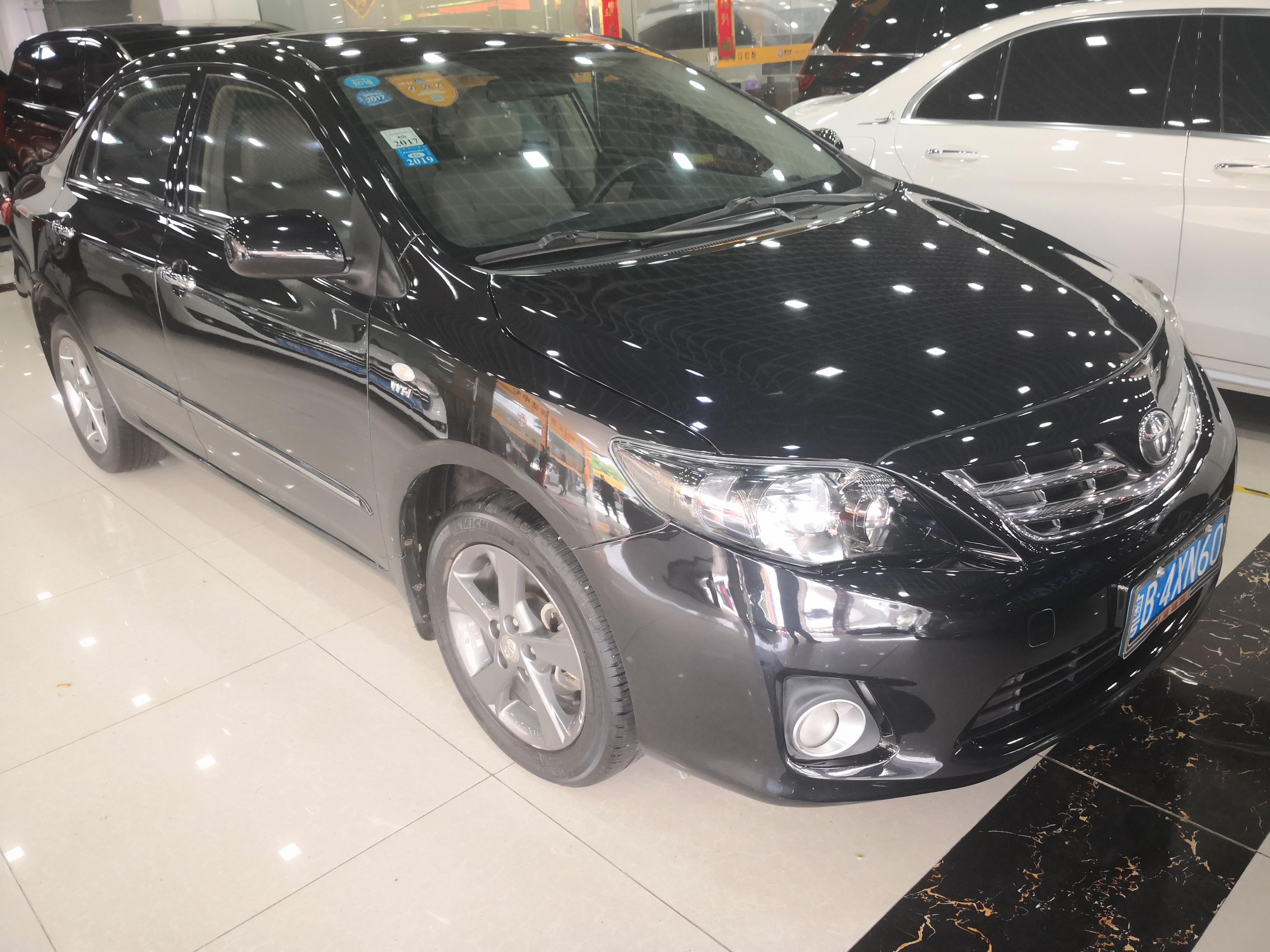 丰田卡罗拉 2013款 特装版 1.8L CVT至酷版GL-i