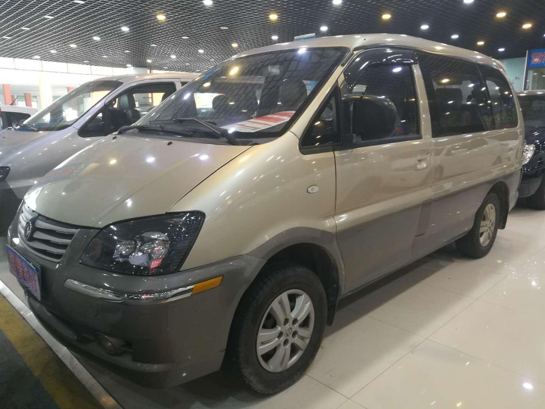 东风风行菱智 2013款 M3 1.6L 7座豪华型