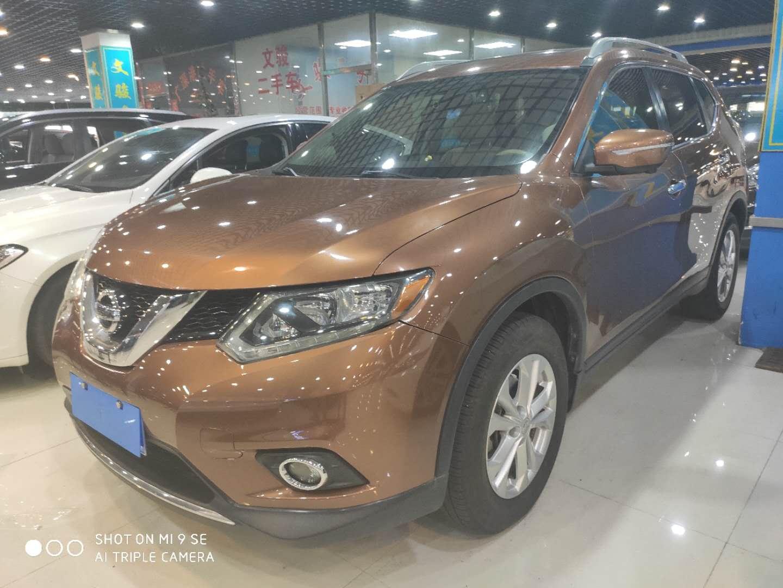 日产 奇骏 2014款 2.5L CVT豪华版 4WD