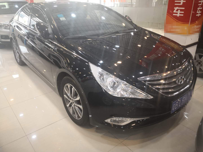 现代索纳塔八 2013款 2.0L 自动豪华版