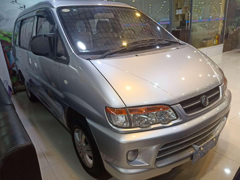 东风风行菱智 2015款 V3 1.5L 7座标准型