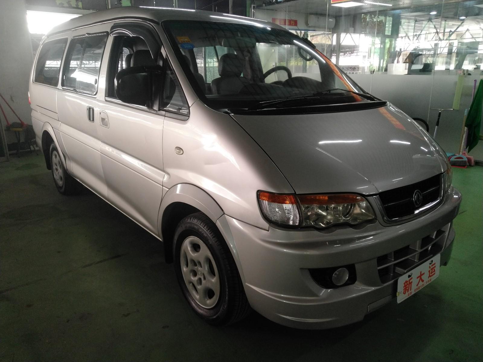东风风行 菱智 2008款 Q3 2.0L MT长轴舒适版
