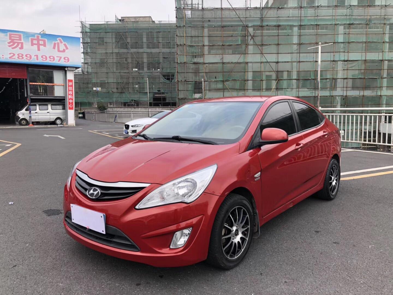现代瑞纳 2010款 三厢 1.4L 自动舒适型GS