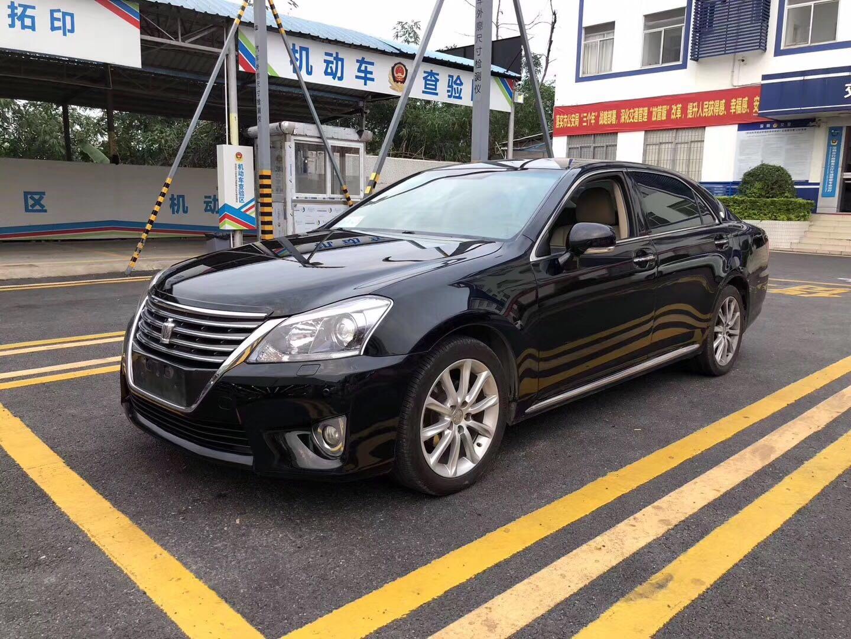 丰田 皇冠 2012款 2.5L Royal 导航版