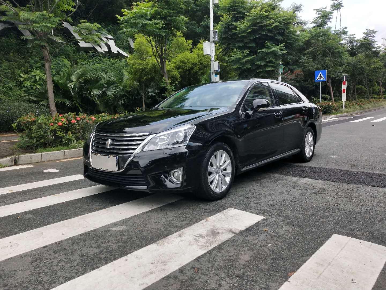 丰田皇冠 2012款 2.5L Royal 真皮版
